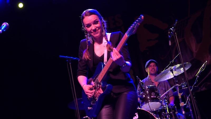 Erja Lyytinen Sonny Landreth Key to The Highway Live @ 19th Blues Festival Basel 2018