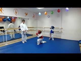 Спаринг каратэ(годзю-рю) ноябрь 2019 1 класс