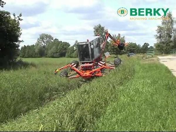 BERKY Grabenräumer Typ 3100, BERKY Ditch Cleaner Type 3100