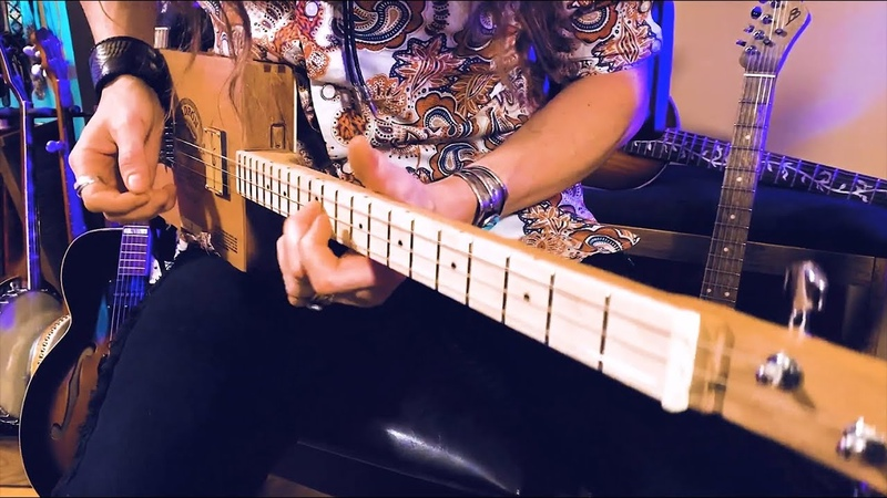 GETTING HUGE TONE with the PLUS Pedal and Echo 3 String Guitar Solo