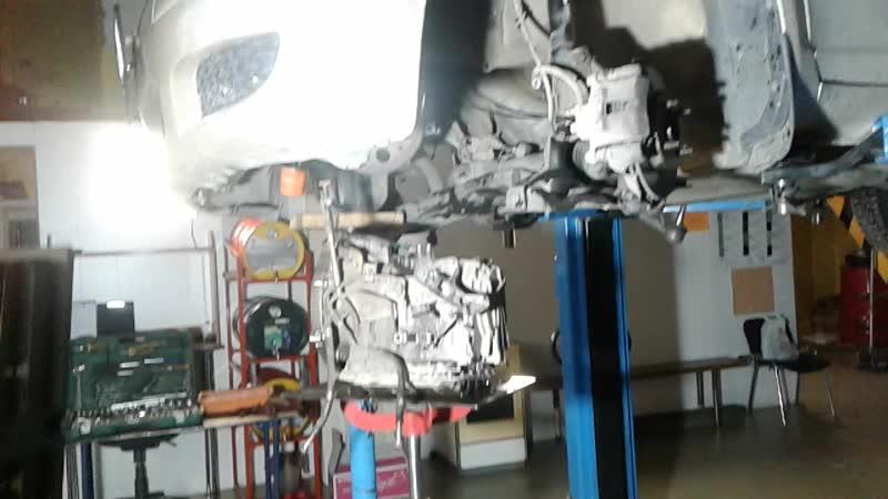 Обзор ремонта Toyota Vitz SCP10 2002 г