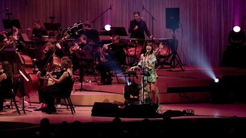 Kimbra and Nu Deco Ensemble Top of the World Live