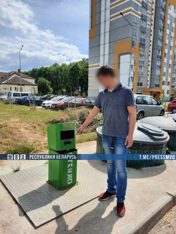 Парень приехал в Беларусь из Владивостока познакомиться с девушкой и обворовал ее соседа