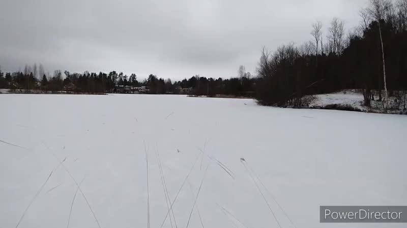Озеро замёрзло третий раз за зиму