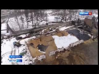 В Ясногорске вот уже больше месяца не могут убрать с местного склада сгоревшее зерно.