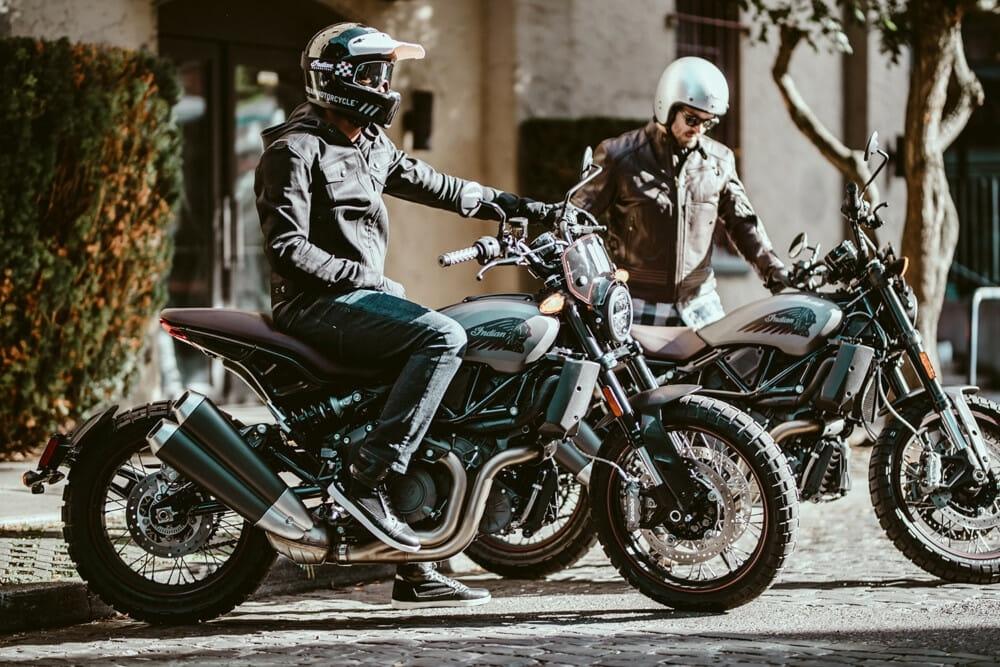 Продажи мотоциклов сильно упали из коронавируса