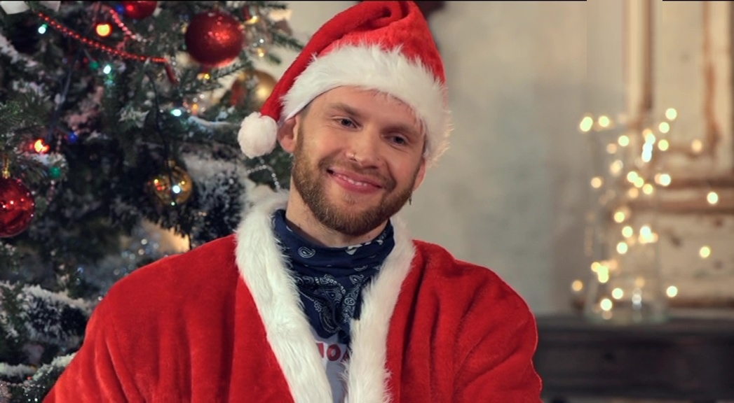 Антон Криворотов в костюме Санта Клауса / Деда Мороза