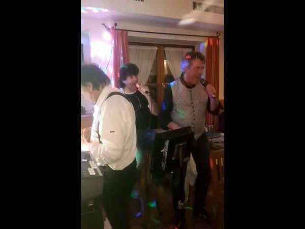 Karaoke Party beim Gartei Teil 3 @ Milchbar Reit im Winkl, 7.2.20 ® HKH Webmaker © www.LosRein.de
