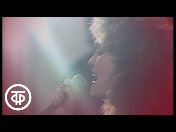 Валентина Легкоступова Капля в море 1990