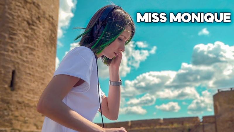 Miss Monique - Live @ Radio Intense, Ballantines True Music [Progressive House Melodic Techno]
