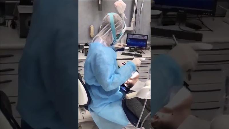 Comment en est on arrivé a ce que les médecins s'équipent de masques Decathlon pour se protéger
