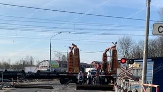 Трудная дорога к знаниям - школьники села Новопетровское рискуют жизнью чтобы попасть на урок