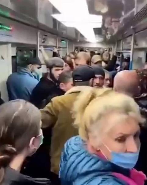 Заступившегося за пенсионерку в метро оштрафовали ...