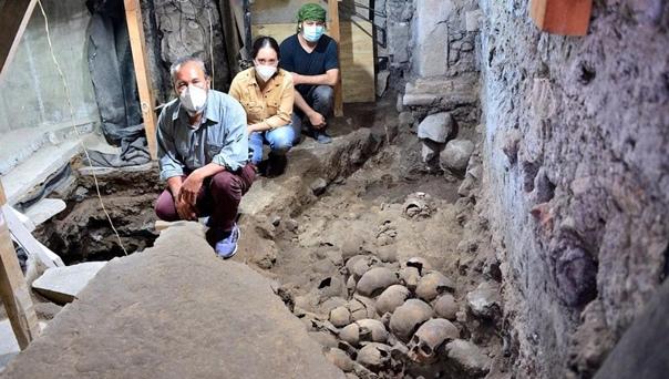 В центре современного Мехико археологи ведут раскопки жуткой «башни черепов» ацтеков Пять лет назад мексиканские археологи совершили жутковатое, но любопытное открытие они обнаружили