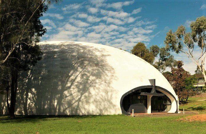 Надувной бетонный дом за час или бинишелл: альтернативные технологии строительства