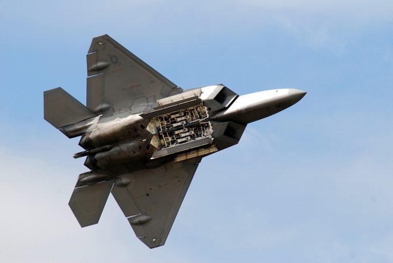 ИСТРЕБИТЕЛЬ ПЯТОГО ПОКОЛЕНИЯ F-22 RAPTOR, изображение №7