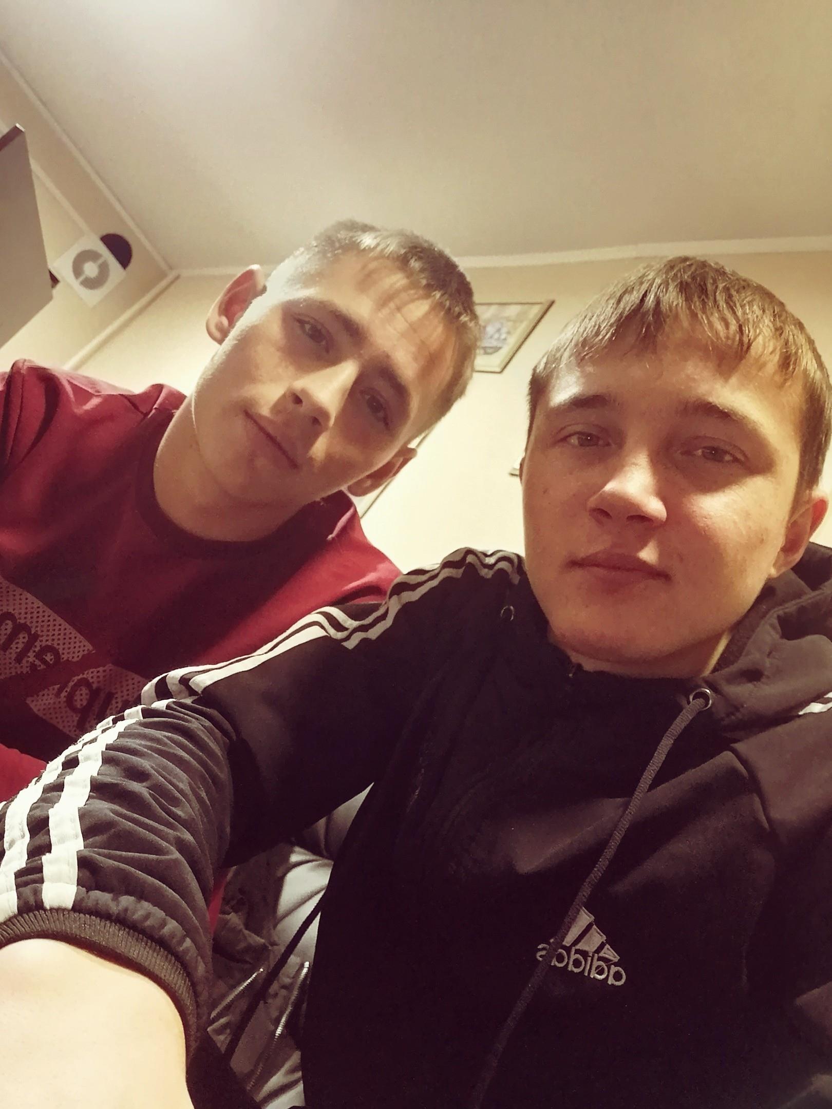 Владислав, 20, Never
