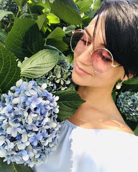 Диана Малиновская, Россия
