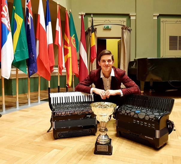 Раду Рэцой — победитель PIF Castelfidardo 2019. Эксклюзивное интервью для www.ACCORDIONS.pro, изображение №3