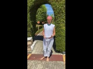 Video by The Golden Link. Кундалини йога и Сат Нам Расаян
