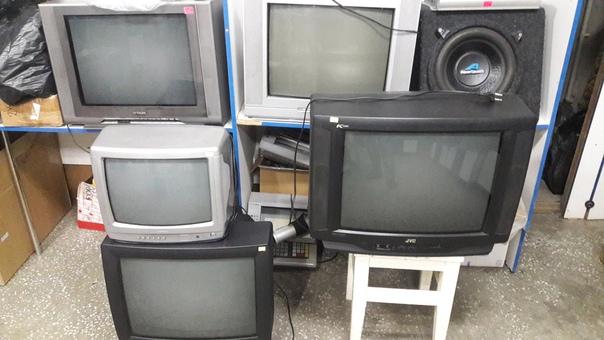 Телевизоры б/у от 1500р.Цифровые приставки к тв, к...