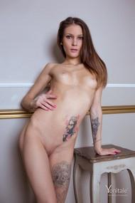 Ella Y