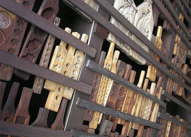 Японские деревянные резные формы Кашигата, изображение №2