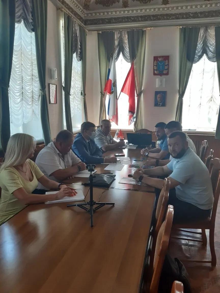 В администрации Петровского района состоялась деловая встреча с инвестором ТОСЭР