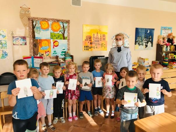 Сотрудники Госавтоинспекции провели в детском саду «Ладуш...