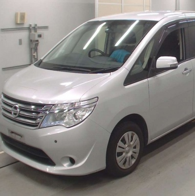 Nissan Serena (АППАРЕЛЬ) 2015 года