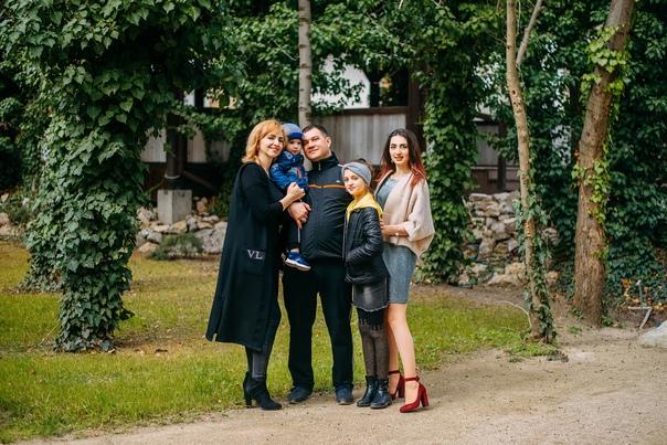 Семейная фотосессия в Коктебеле. Олег 02.20
