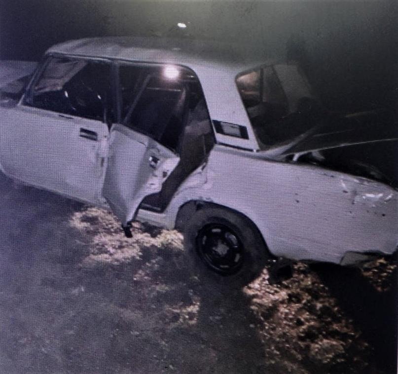Водитель перевернувшегося под Новотроицком «ВАЗа» сбежал, оставив пострадавшего пассажира