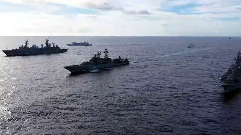 Иностранную авиацию заметили в районе российских учений в Тихом океане