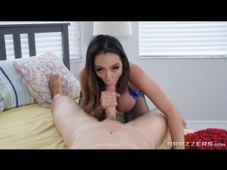 Mother Daughter Mix Up : Ariella Ferrera