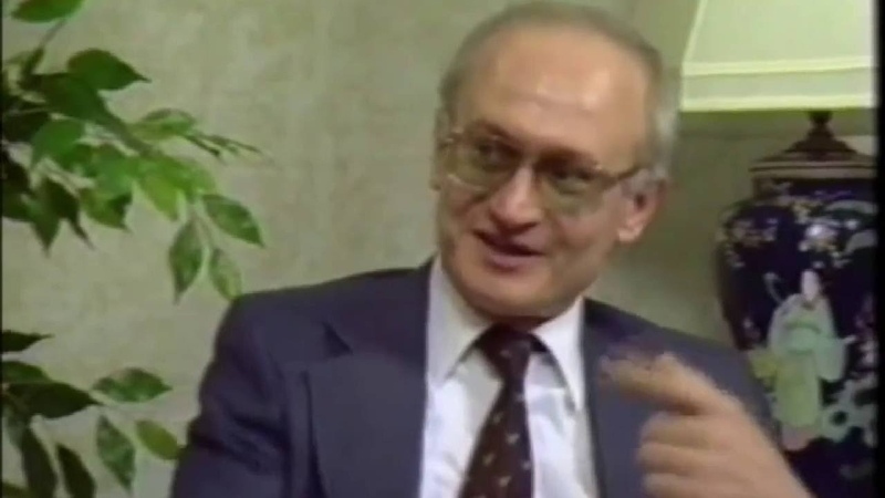 Stages of communist takeovers Yuri Bezmenov Leftists are useful IDIOTS