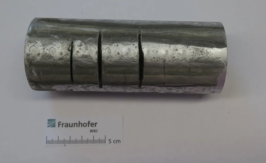 В Германии создали протей – материал, который невозможно разрезать