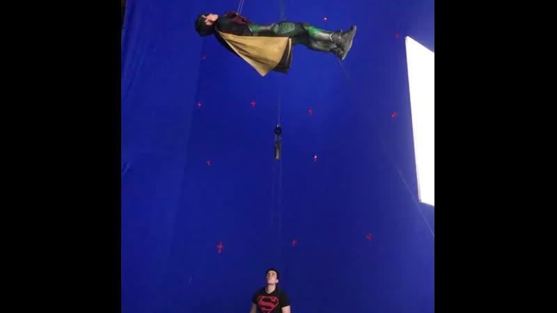 Новое видео со съёмок сериала «Титаны».