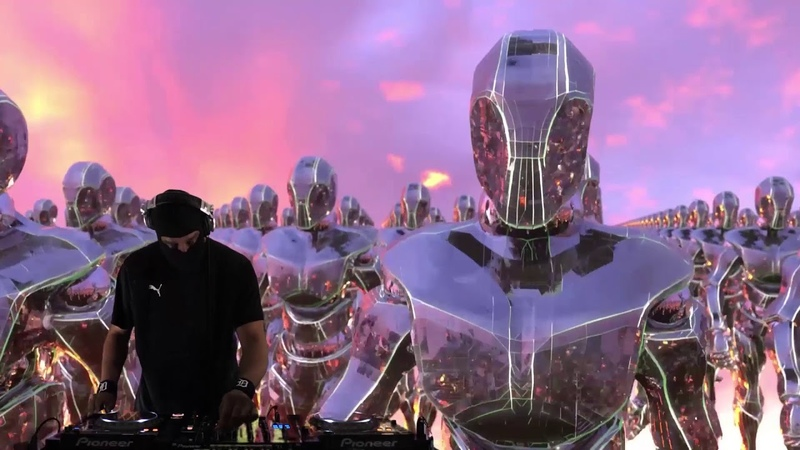 Refraction Festival x Fact: DJ Stingray w BFF collective SVDK
