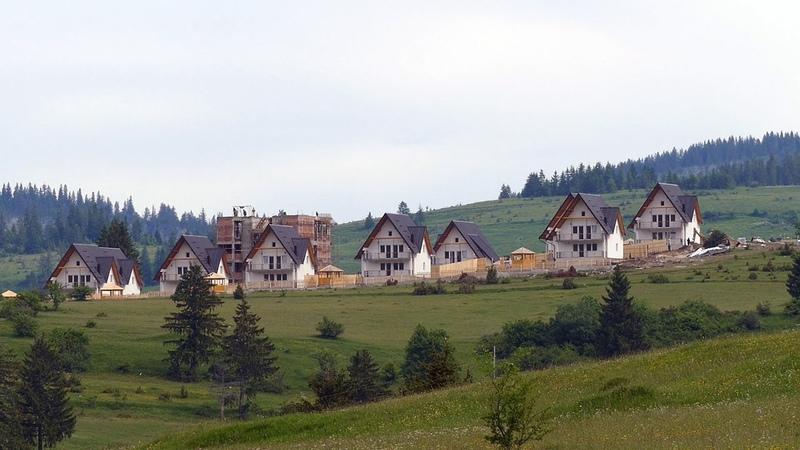 Arapi zaposlili Srbe da im grade naselje na Vlašiću